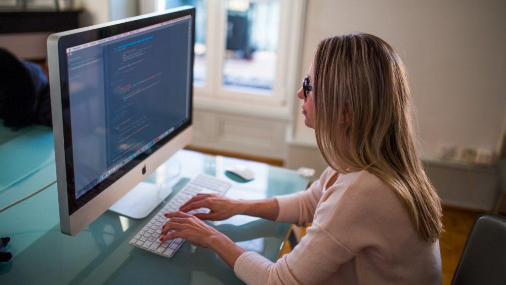 Olakšano zapošljavanje ICT stručnjaka iz trećih zemalja u Hrvatskoj