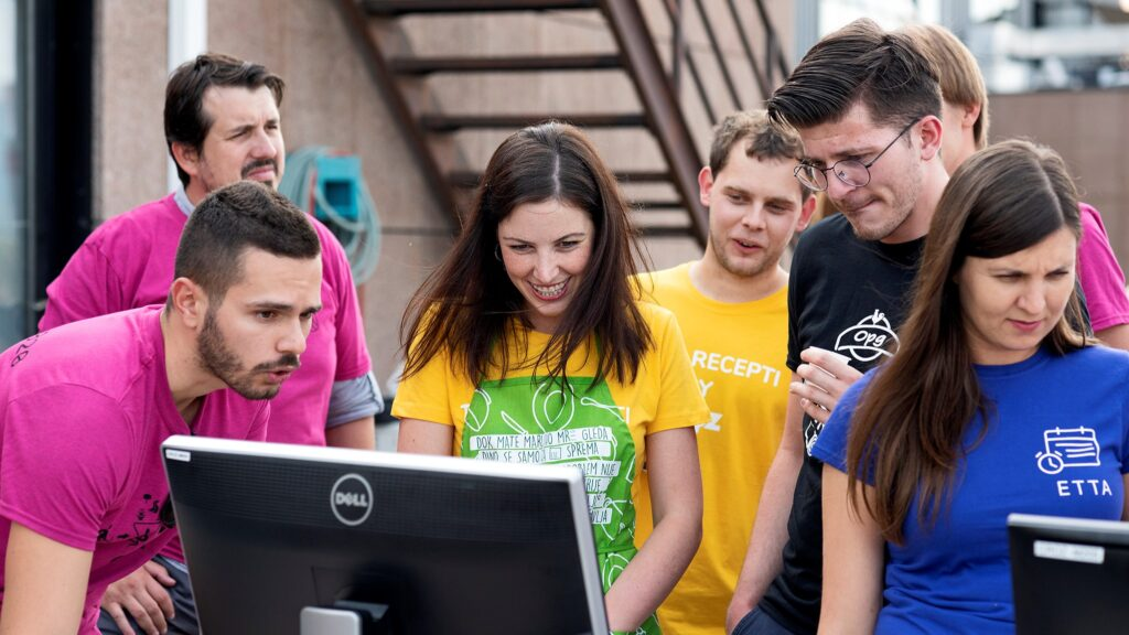 Vrijeme i trud uloženi u mentoriranje mladih developera nikad nisu uzaludni. U CROZ-u to jako dobro znaju